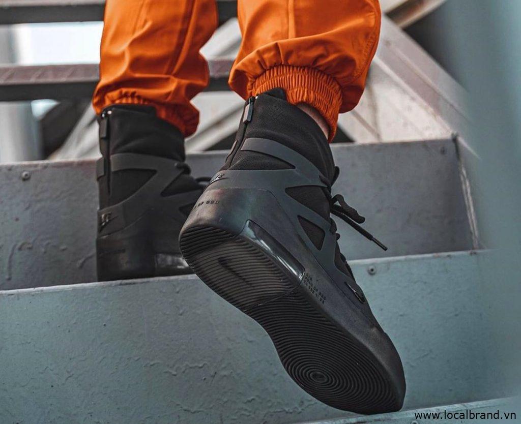 Nike-Air-Fear-of-God-1-Triple-Black-6