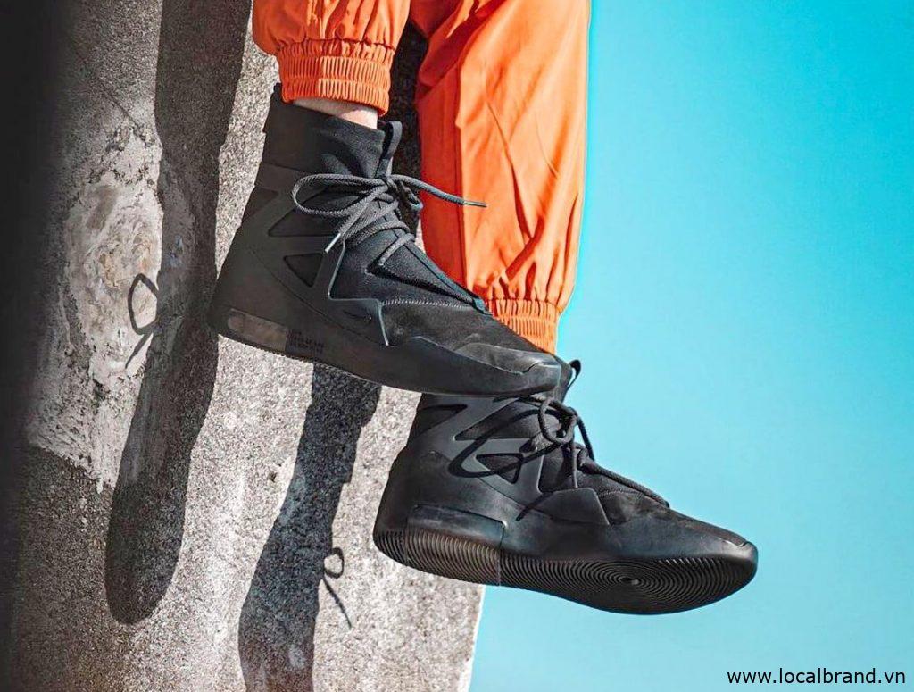 Nike-Air-Fear-of-God-1-Triple-Black2