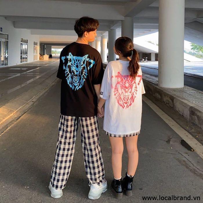 ao-thun-trang-den-nam-nu-streetwear