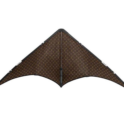 """Global brand Louis Vuitton vui chơi ngày hè cùng những chiếc diều """"ngàn đô"""""""