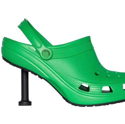 """Đôi giày gót """"lực điền"""" của global brand Balenciaga X Crocs"""