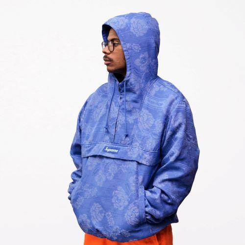 Hoodie global brand Supreme