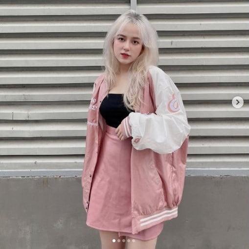 Cô nàng Miheybil yêu màu hồng nhưng không bánh bèo cùng local brand everdeath.club